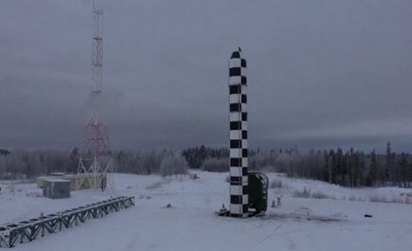 Uy lực của tên lửa 'bất khả chiến bại' Putin vừa công bố