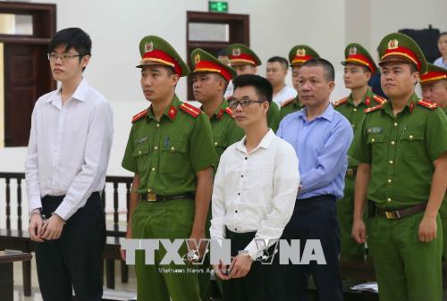 Y án sơ thẩm đối với ba bị cáo phạm tội tuyên truyền chống Nhà nước