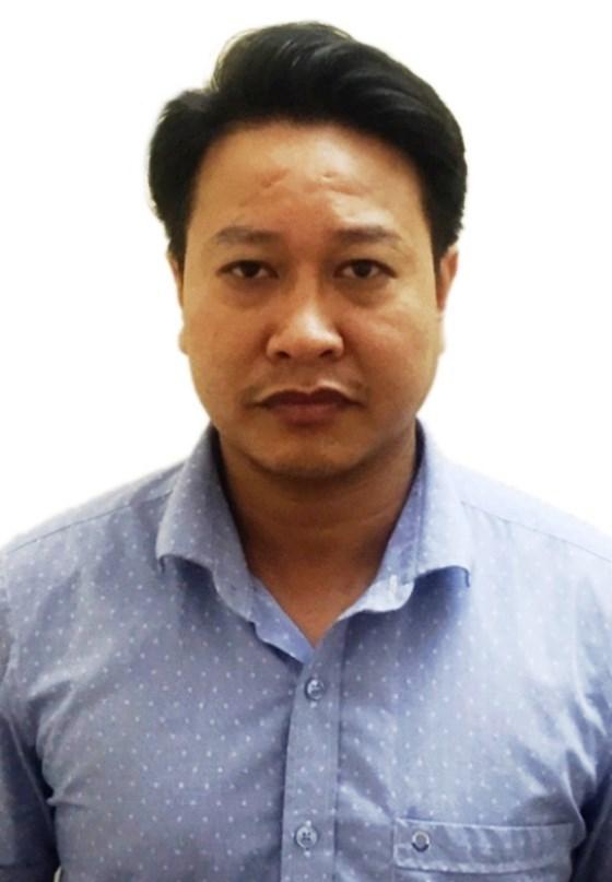 Khởi tố, bắt tạm giam 2 bị can liên quan tới gian lận thi THPT tại Hòa Bình